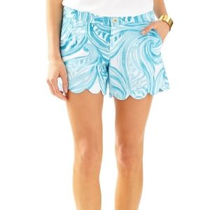 Lilly pulitzer Scalloped buttercup blue shorts 14